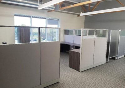 Large cubicles for multiple workstations